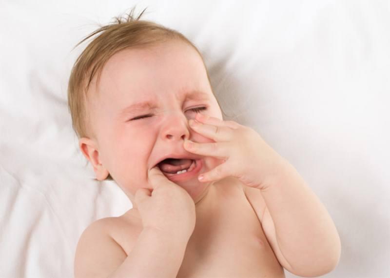تسنين الرضيع، علامات ظهور اسنان الاطفال الرضع