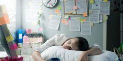 الخمول والتعب والرغبة الشديدة في النوم
