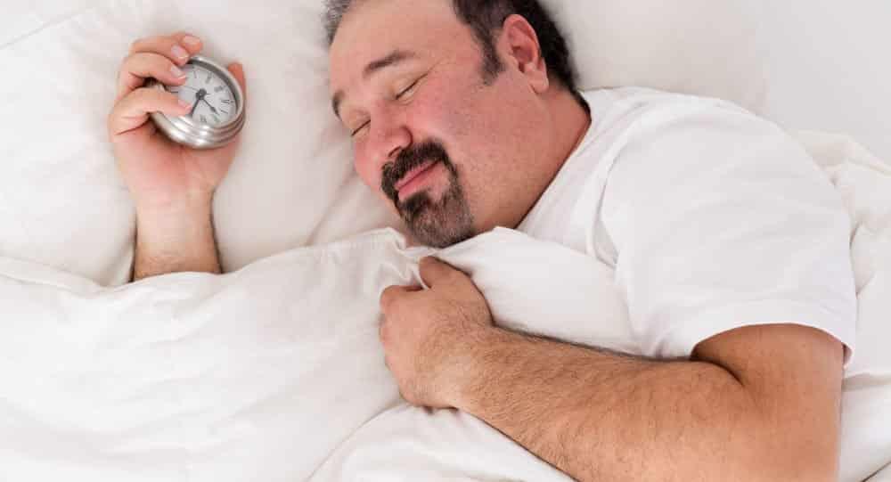 عدد ساعات النوم لدى البالغين