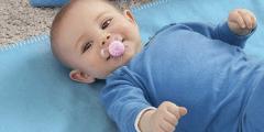طفلي الرضيع يصدر صوت غريب