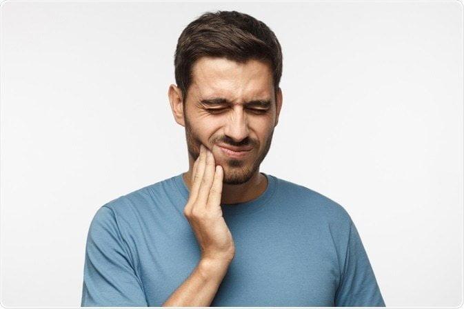العلاج الطبيعي لألم الاسنان