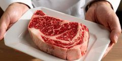 كم يستغرق هضم اللحوم في المعدة