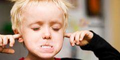 كيفية التعامل مع الطفل العنيد في الروضة