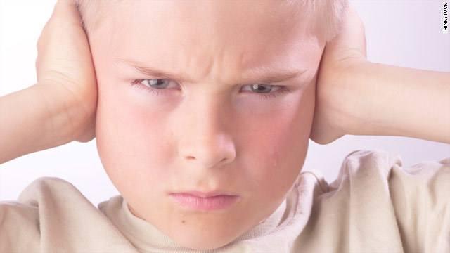 التعامل مع عنادة الاطفال