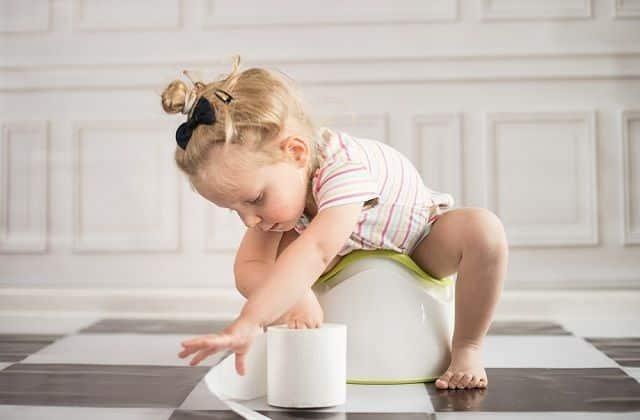 علاج كثرة التبول عند الأطفال