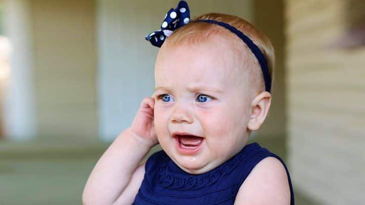انتفاخ الأذن من الخارج عند الأطفال
