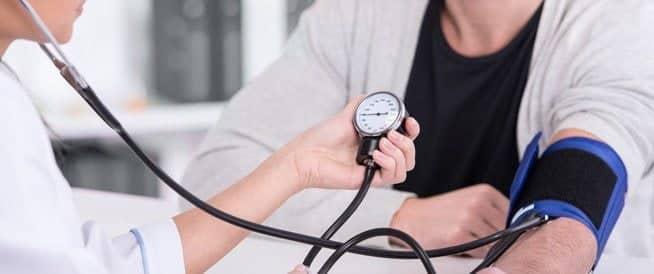 متي يكون ضغط الدم خطر