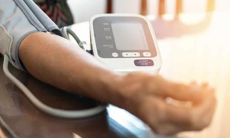 خفض ضغط الدم بالمنزل، علاج ارتفاع الضغط في المنزل، علاج ارتفاع الضغط بشكل فوري