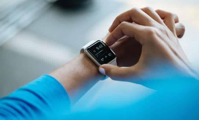 كيفية ربط الساعة الذكية بالهاتف